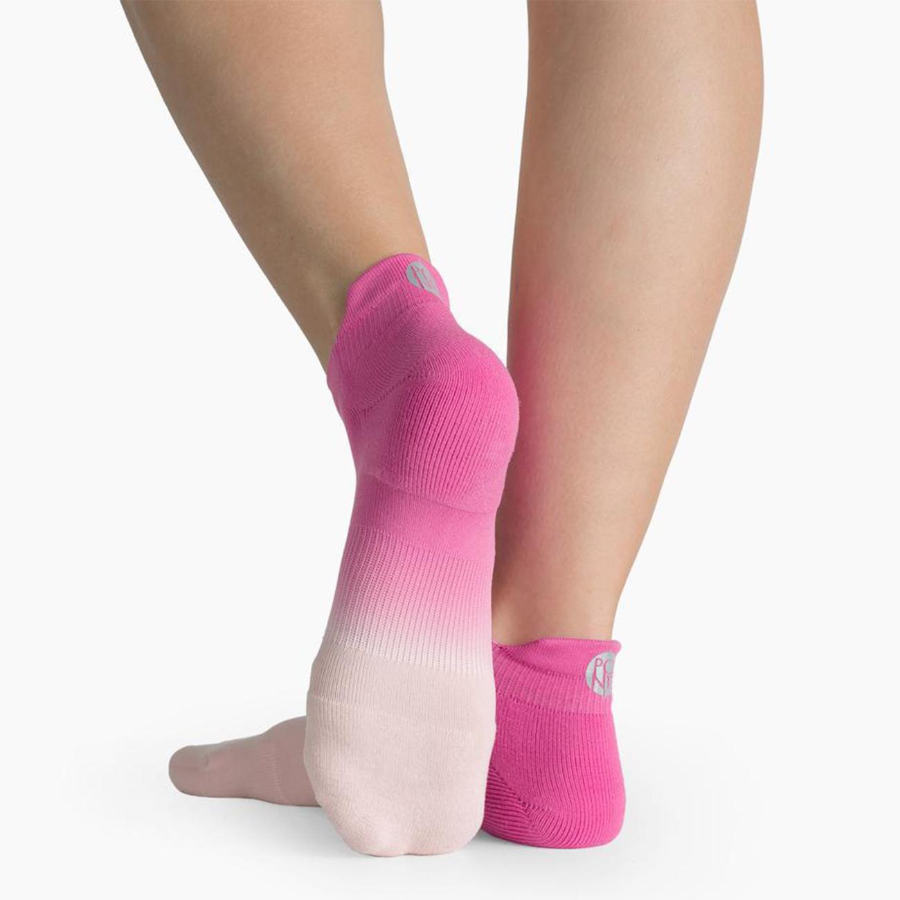 Riley Sport Socken Von Pointe Studio Pink Yoga Socken