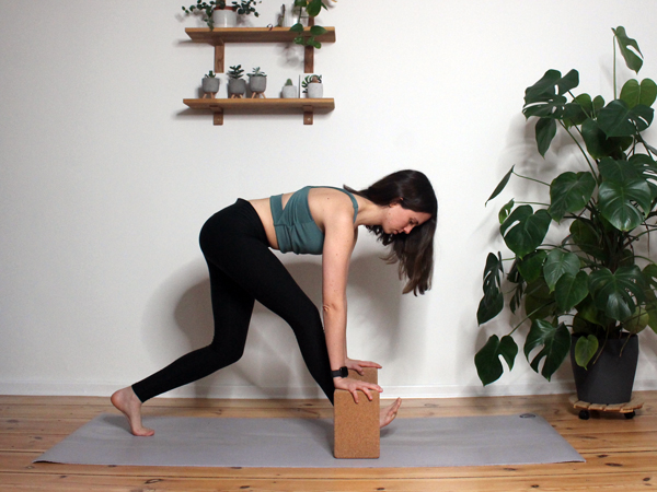 Yoga-mit-dem-Block-6